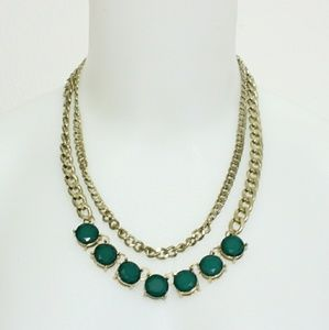 Jewelry - Green tiered gold tone chunky statement necklace